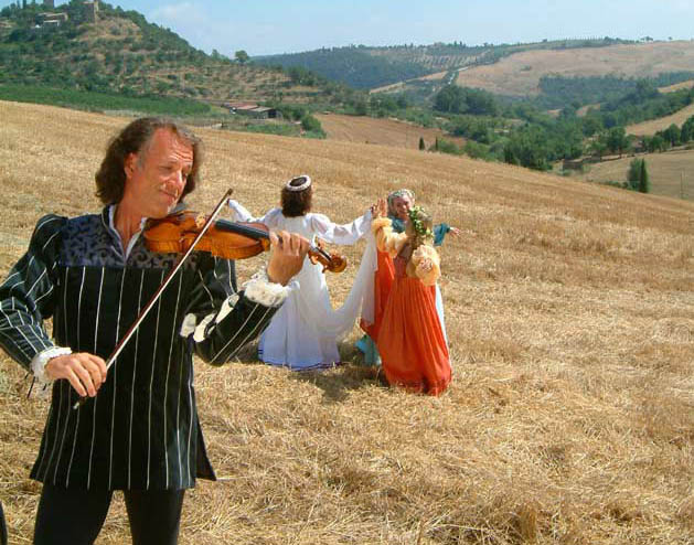 Andre Rieu Waltzing Around The World